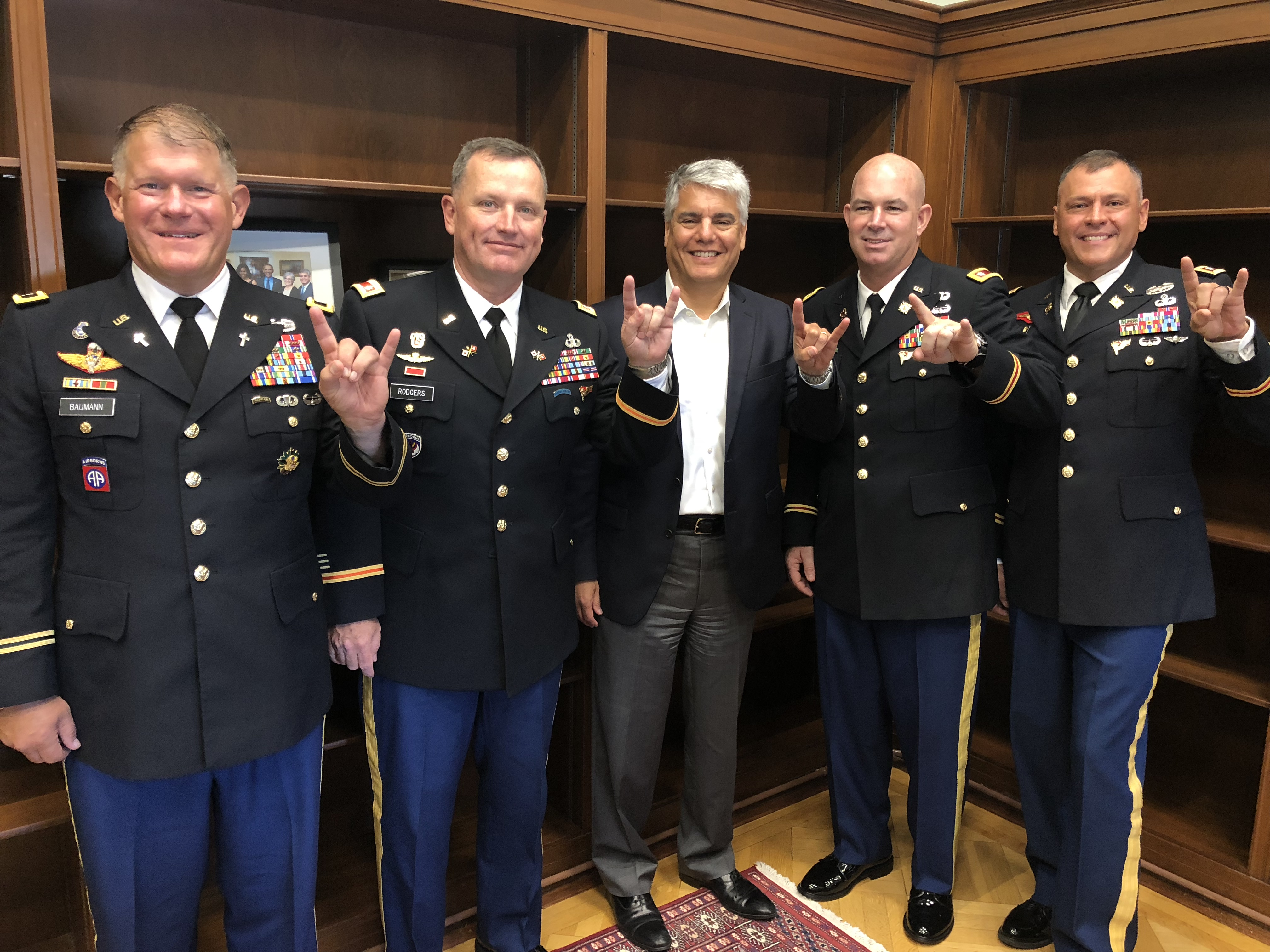 President Greg Fenves and 2018-2019 Army War College Fellows